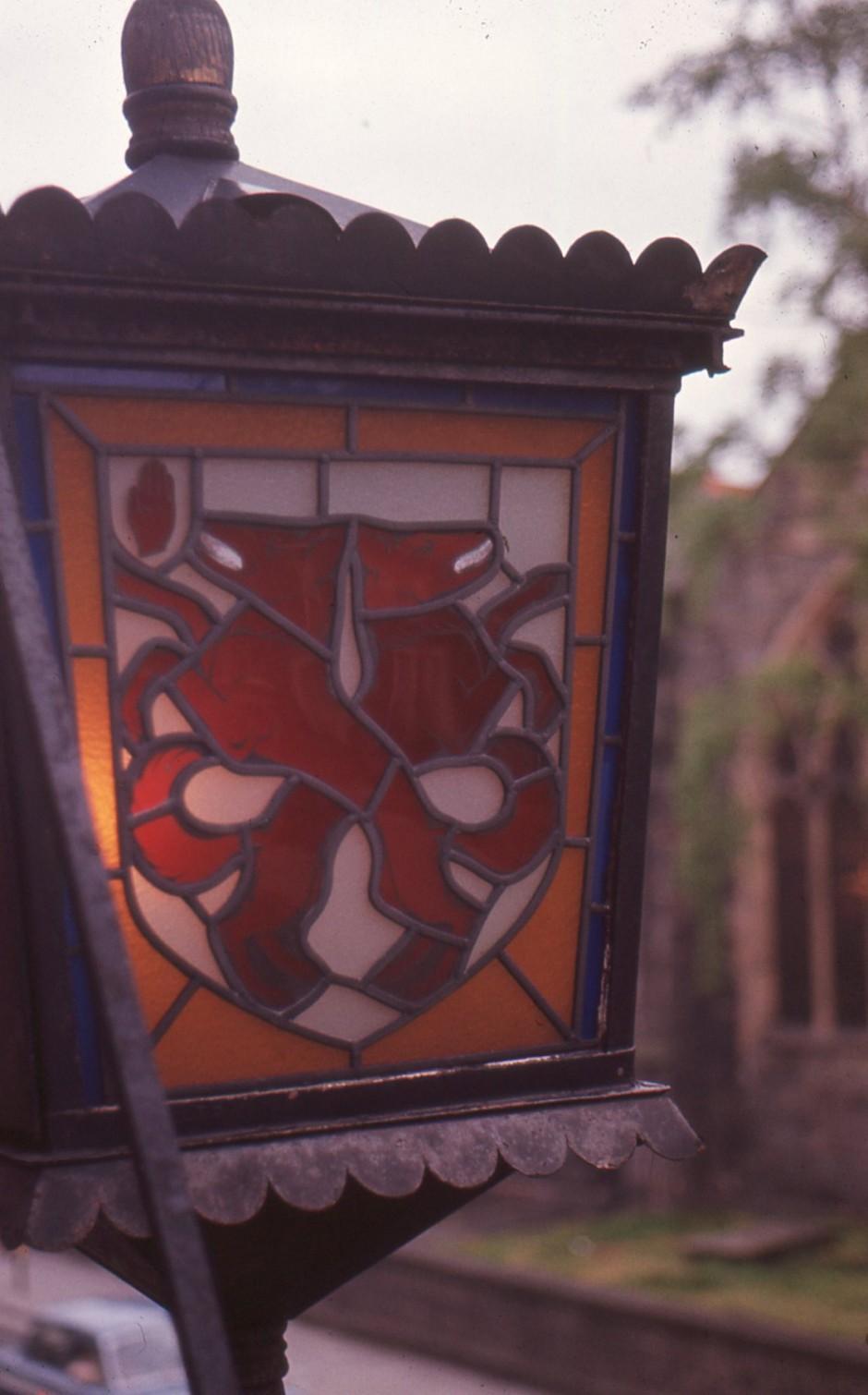 SL-O-5-6-43 Oswestry - Church St - Wynnstay Lantern Detail