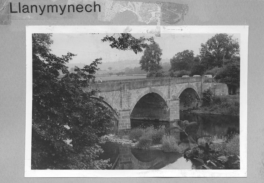 PH-L-19-3a - View of bridge over River Vyrnwy and stone aqueduct