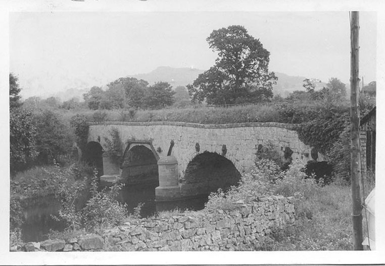 PH-L-19-3d - View of bridge over River Vyrnwy and stone aqueduct