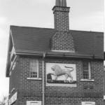 PH-M-29-7  - Lion Pub, Moreton