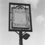 PH-M-29-8  - Lion Pub, Moreton