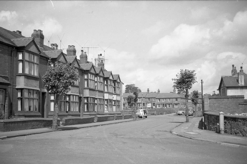 OSW-NEG-O-1-133 Lloyd Street, 1963
