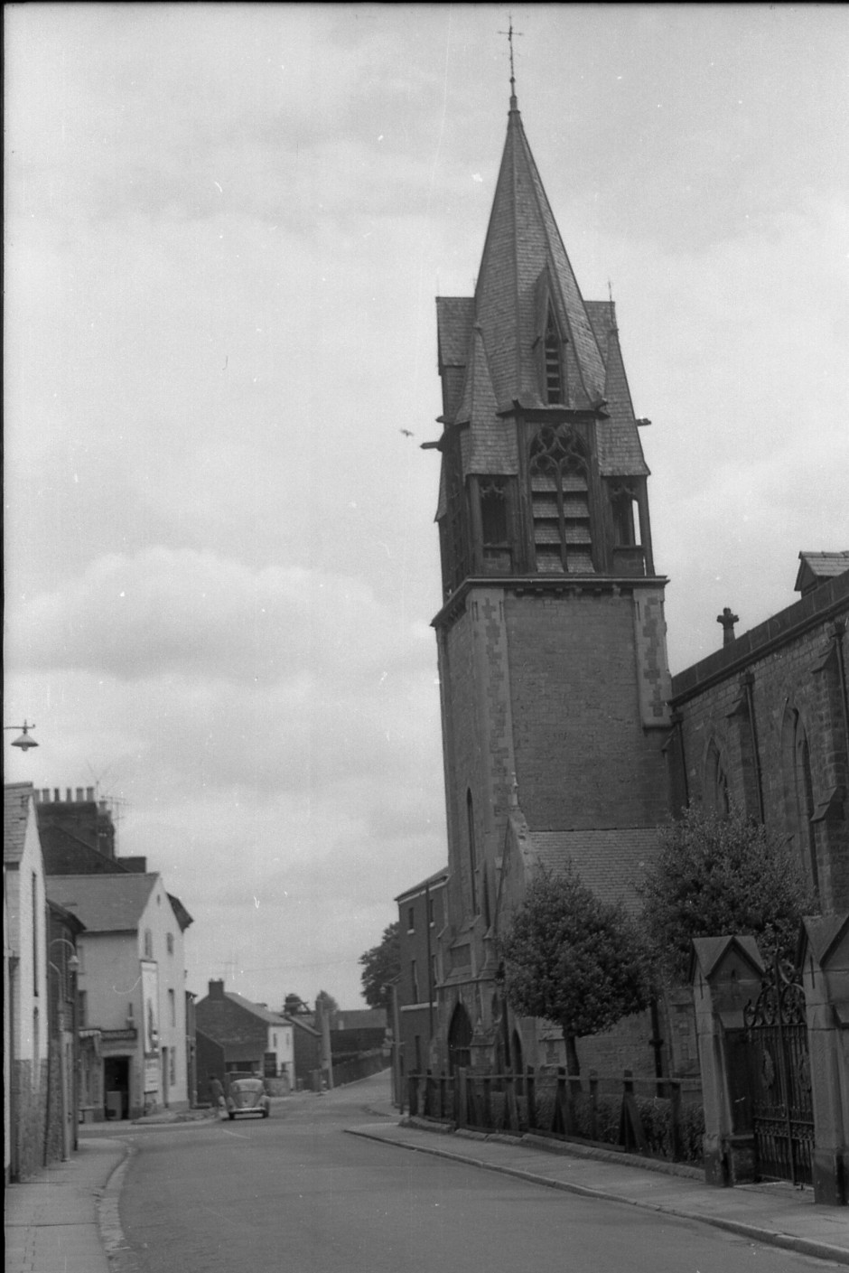 OSW-NEG-O-1-179 Roft Street - Holy Trinity Church, 1964