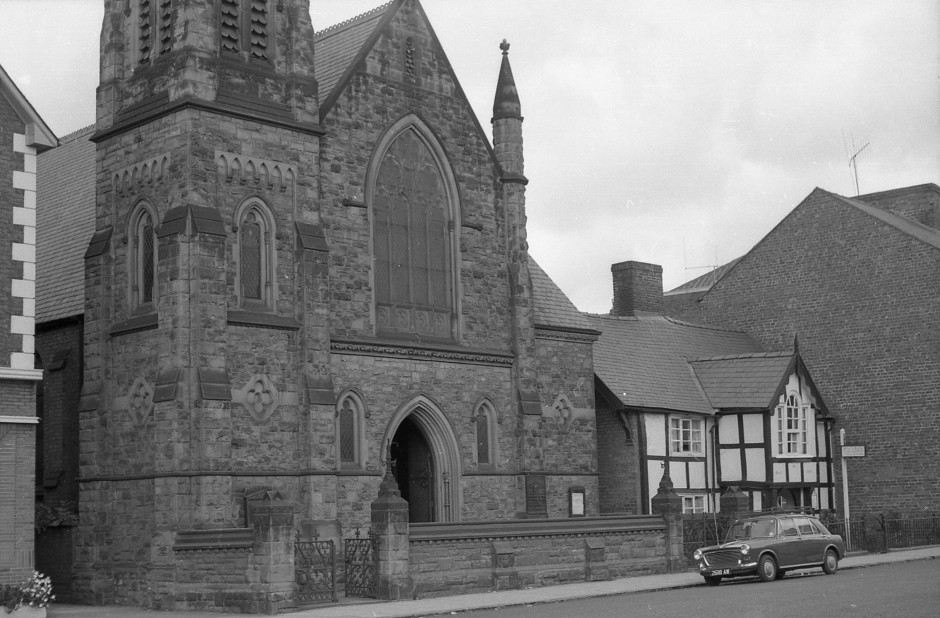 OSW-NEG-O-1-186 Salop Road - Baptist Church, 1963