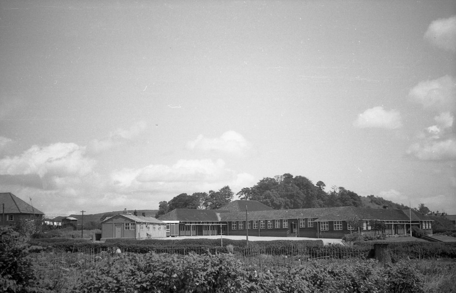 OSW-NEG-O-1-235 Woodside School, 1964