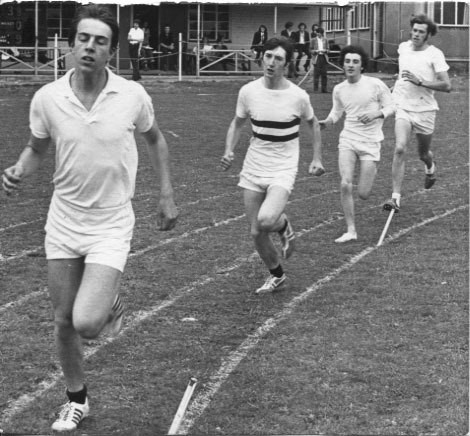 PH-O-5-27-7 - High School Boys - 800m - 1973