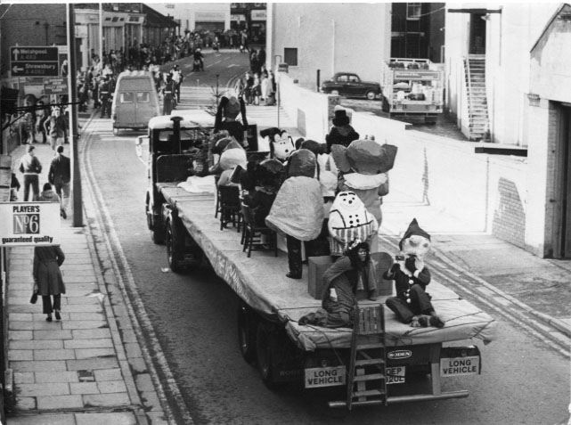 PH-O-5-59-7 Oswald Road - December 1973