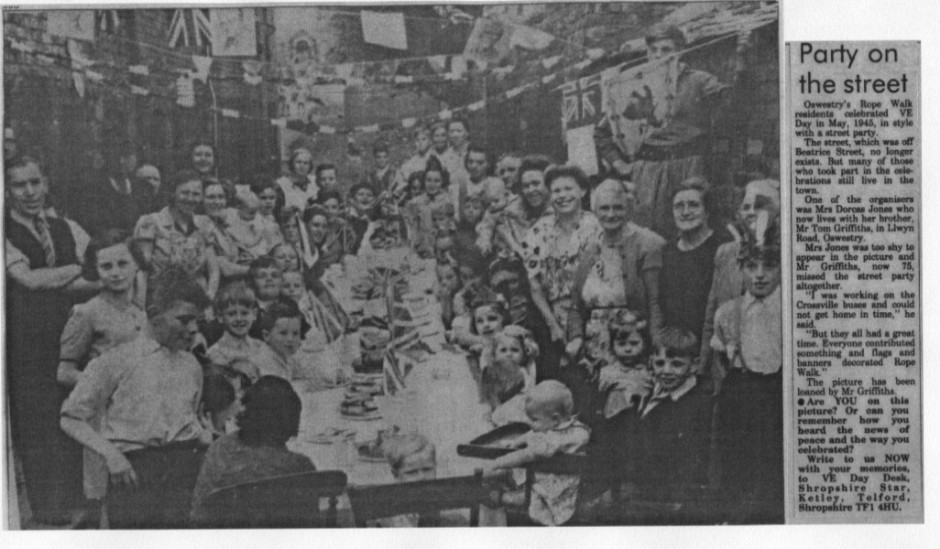 PH-O-5-80-1 - VE Day Celebrations - 1945