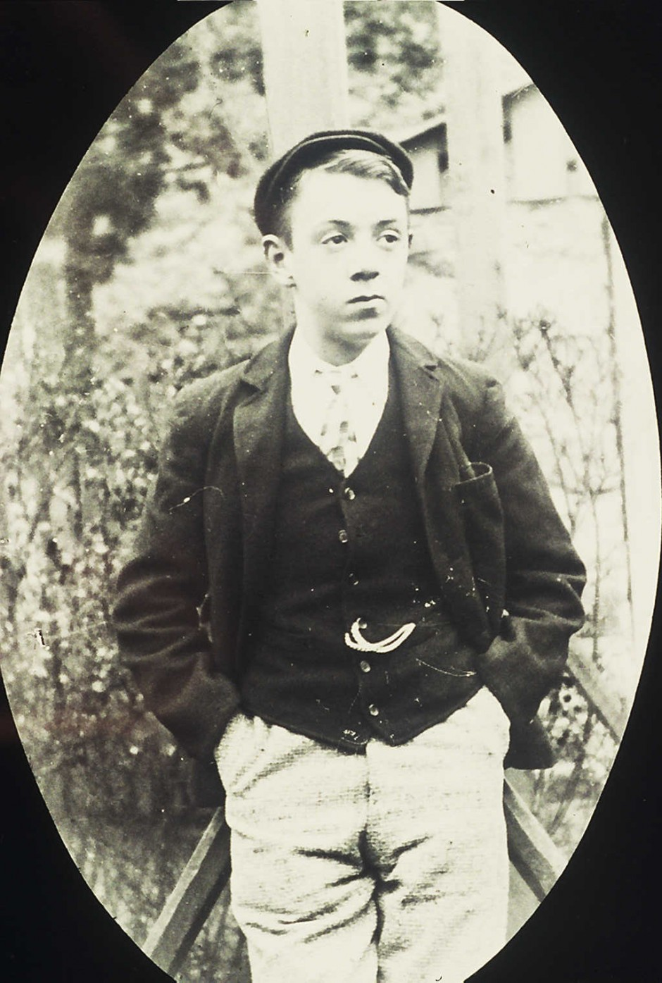 NM-L-19-25 - Lad unknown from Llanymynech