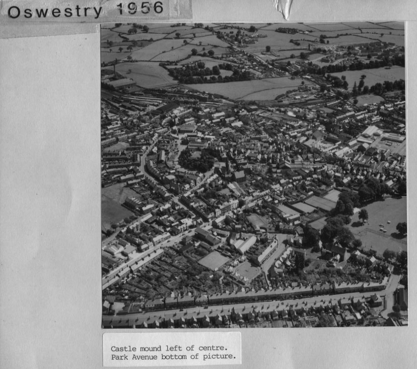 PH-O-5-1-10 - Castle Mound & Park Ave - 1956
