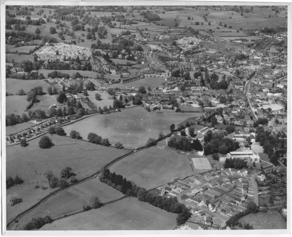 PH-O-5-1-36 - Oswestry School & District Hospital - 1966