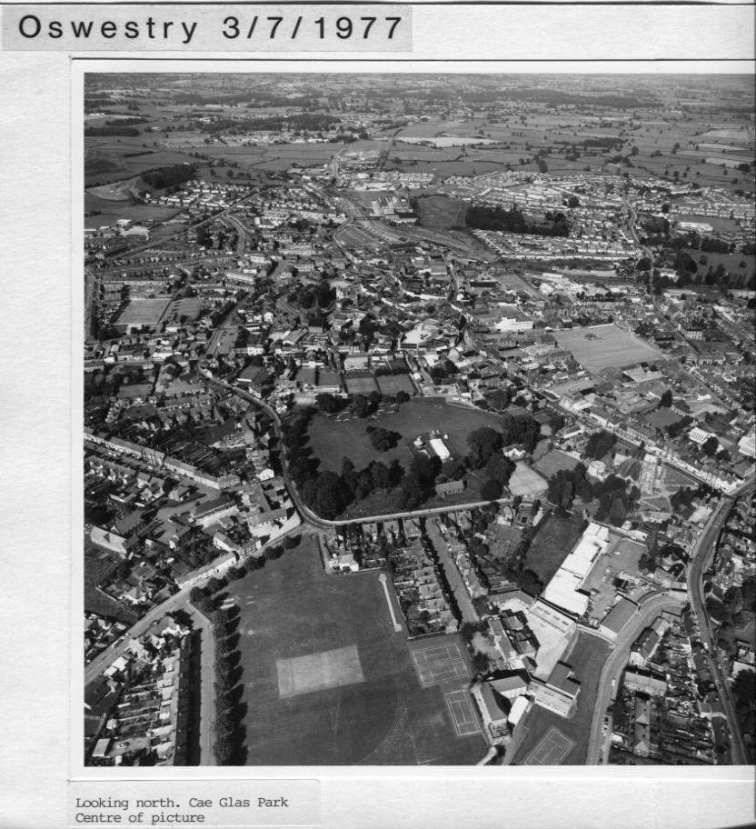 PH-O-5-1-60 - Cae Glas Park - 1977