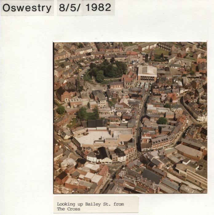 PH-O-5-1-73 - Bailey St & The Cross - 1982