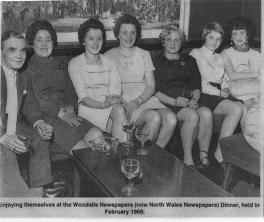 PH-O-5-15-110 - Woodalls Newspapers Dinner - 1969