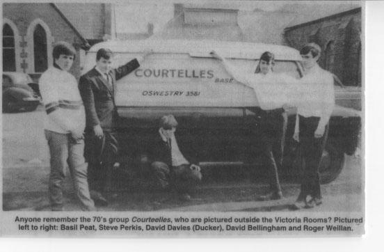 PH-O-5-15-119 - Courtelles Pop Group - 1970's