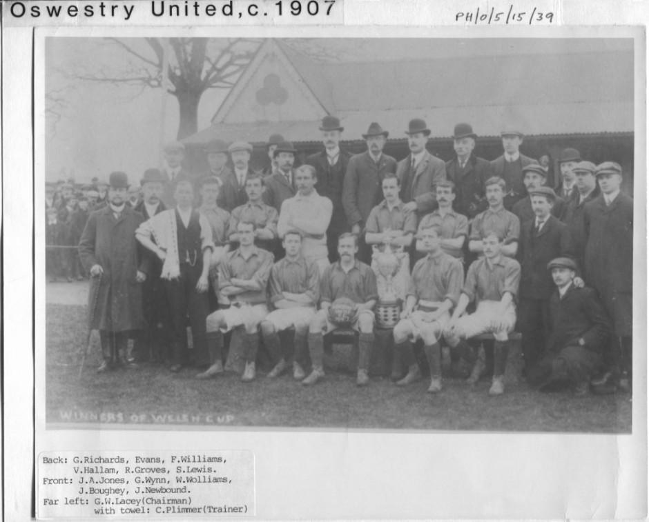 PH-O-5-15-39 - Oswestry United - c1907