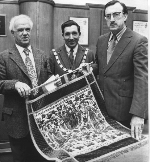 PH-O-5-15-95 - Harri Powell retires as public health insp - 1973