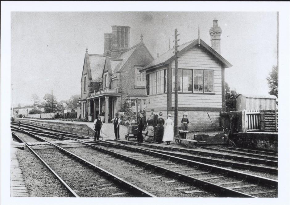NM-R-3-11 - Rednal Station