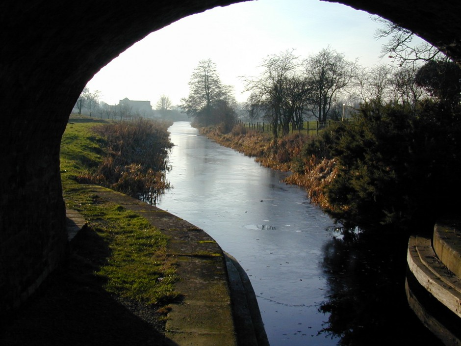 NM-R-3-13 - Montgomeryshire Canal at Rednal