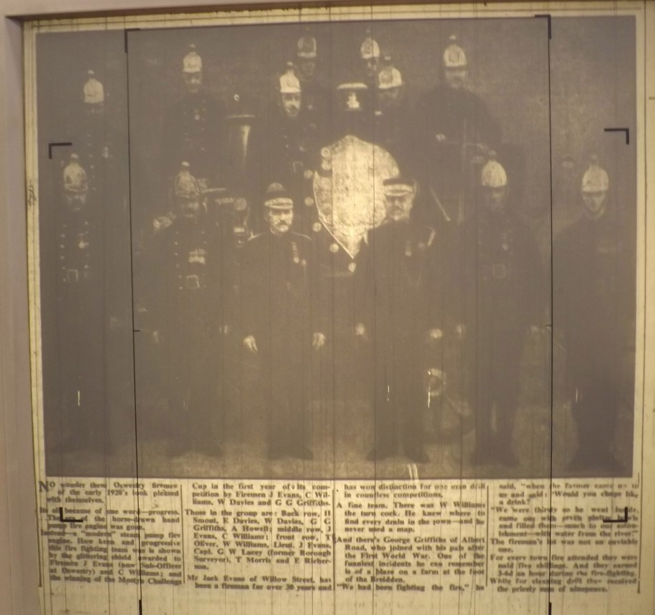 NP-FireService- 8 - Newspaper article1952