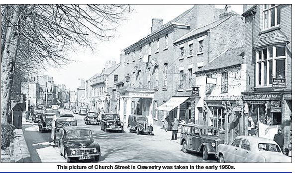 NP-O-5-6-137 - Church Street early 1950s