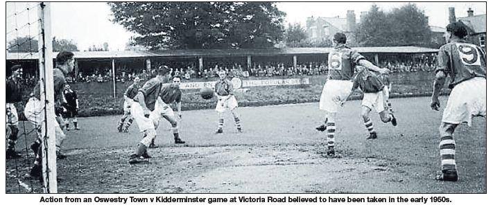 NP-O-5-72-8 - Oswestry Town v Kidderminster c1950