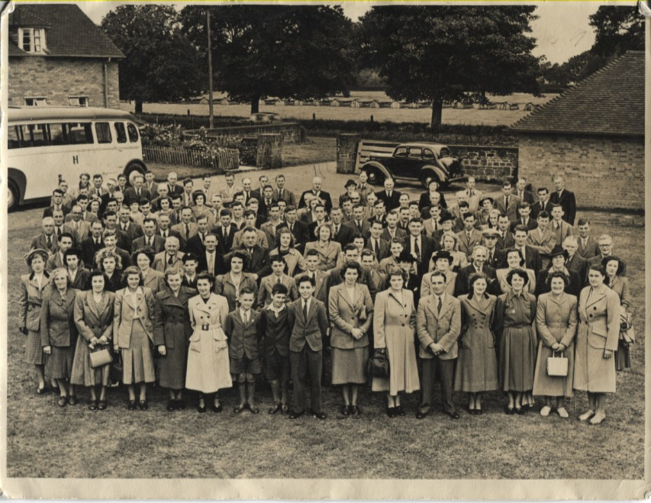 PH-L-17-10 - YFC Bibbys Outing 1949