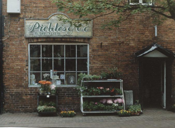 PH-O-5-6-151 - Pickles - Cafe & Gift Shop