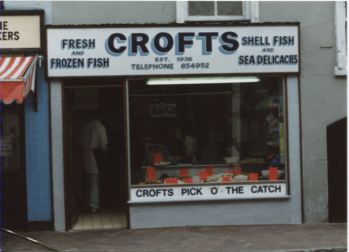 PH-O-5-7-42 - Crofts Fish Shop, Cross Street