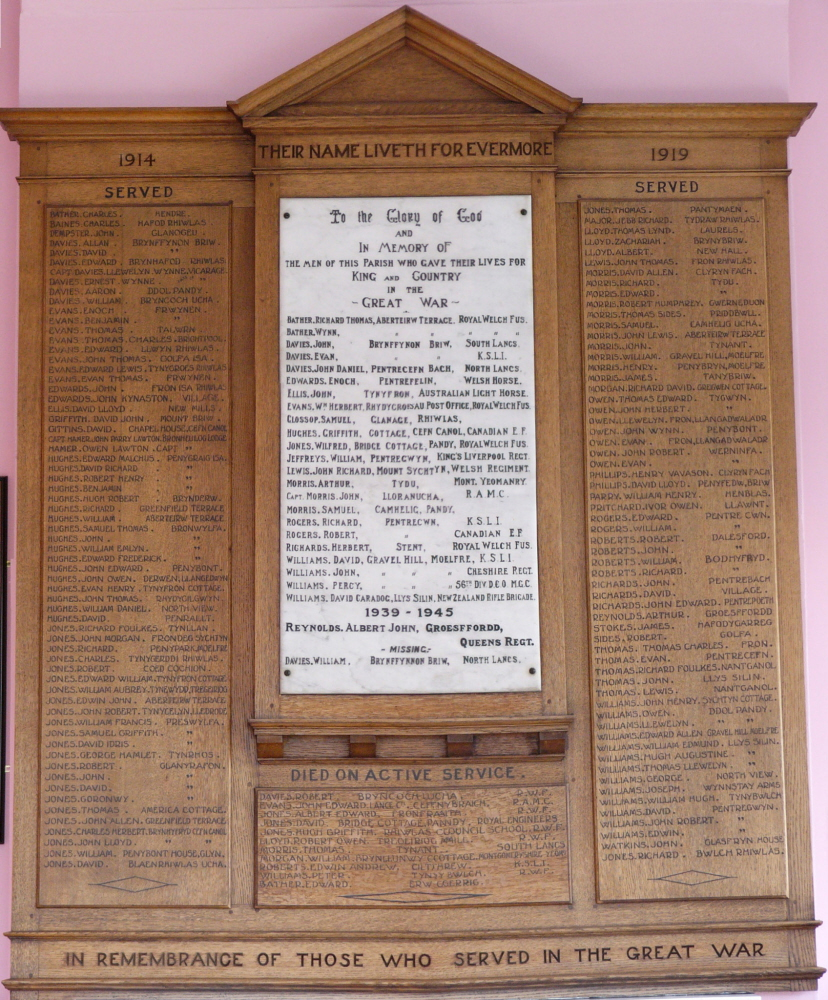 NM-L-17-12 - Llansilin War Memorial