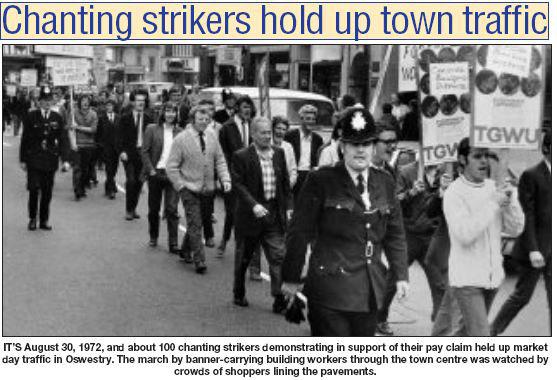NP-O-5-6-164 - Strikes march thro town 1972