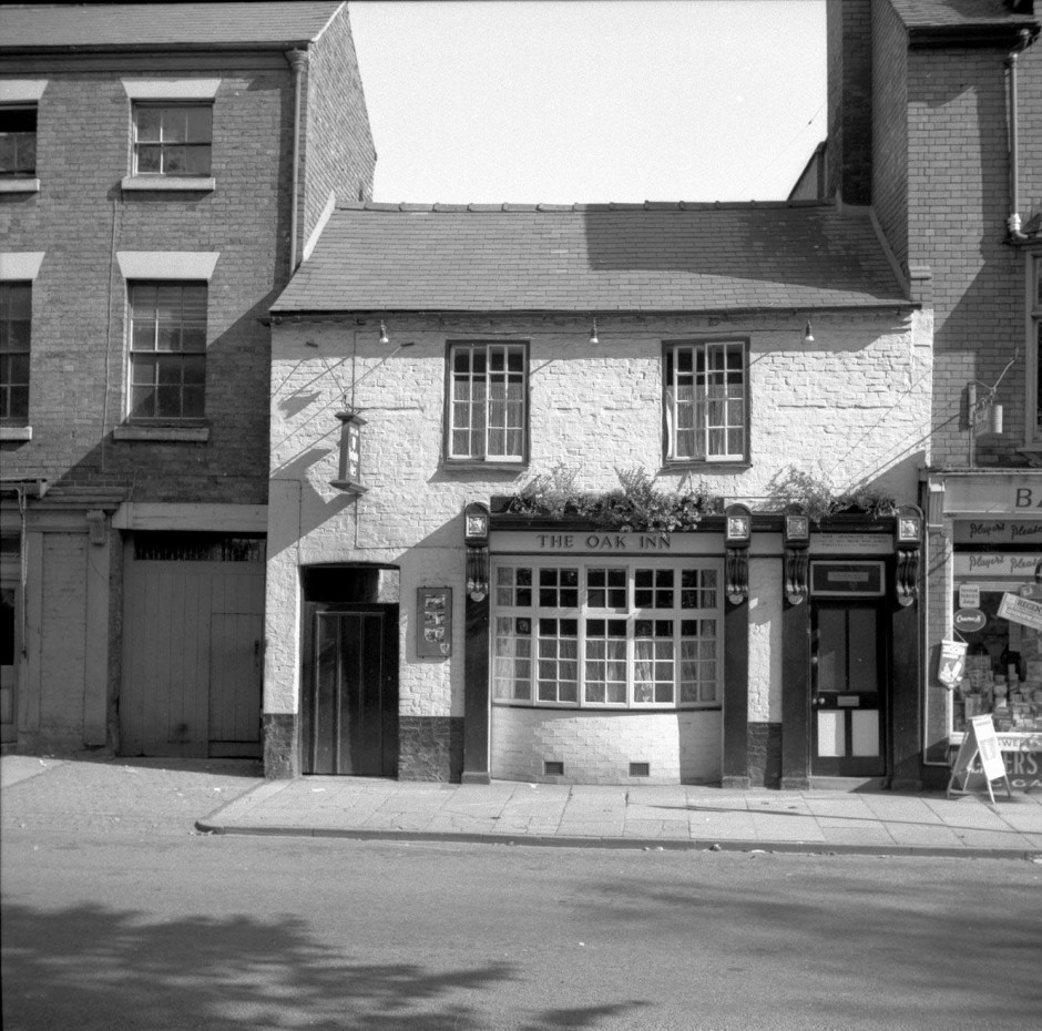 Neg-O-5-6-170 - The Oak Inn 1964