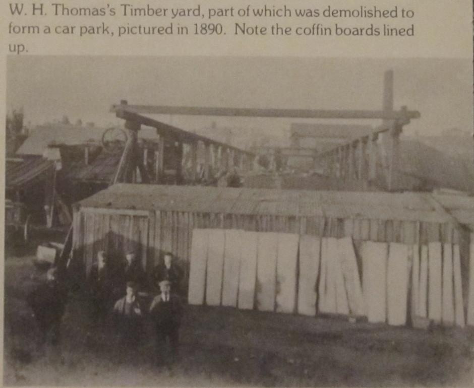 NM-O-5-17-28 - W H Thomas Timberyard 1890