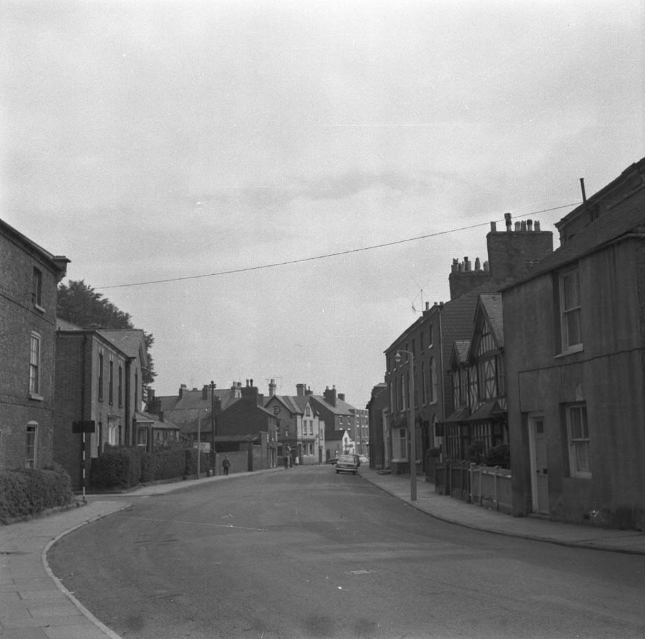 Neg-O-5-25-19 - Upper Brook Street 1964
