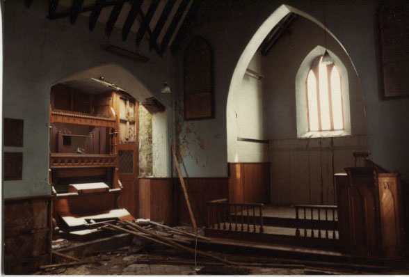 PH-H-31-5 - Interior Hengoed Church