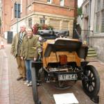 NM-O-5-17-33 - Rodney & Helen FOWLER - Dogcart