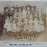 NM-L-17-18 - Llansilin School  c1899